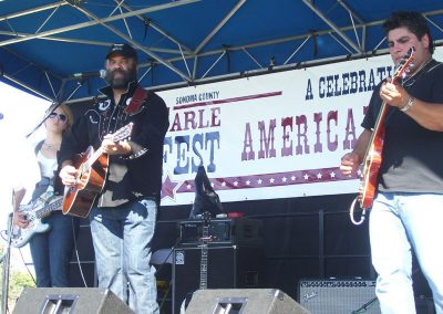 the-otis-taylor-band-on-stage72