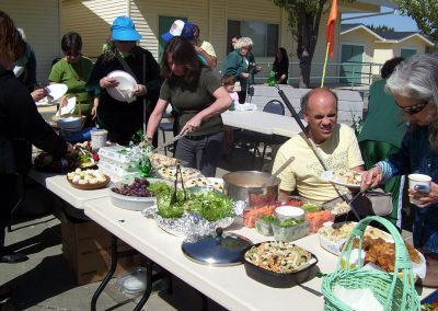 visitors-enjoy-a-st-patricks-day-feast72