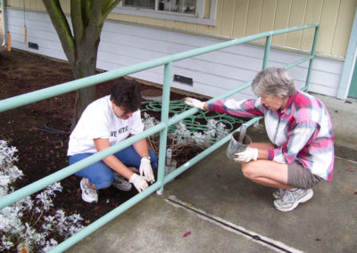 volunteers-paint-and-spruce-up-ebc-guide-rails-and-doors72